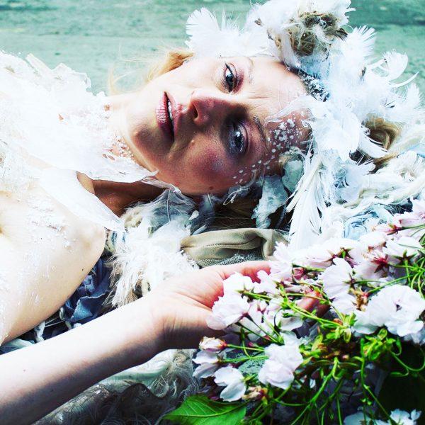 'In-between Book' - Kate George + Julie Mcguire Edinburgh - The Ice Queen - Behind the scenes